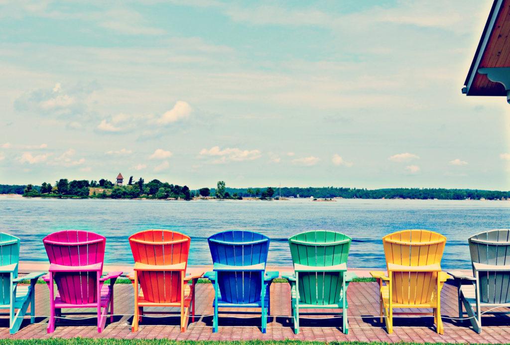 Sillas Adirondack de colores