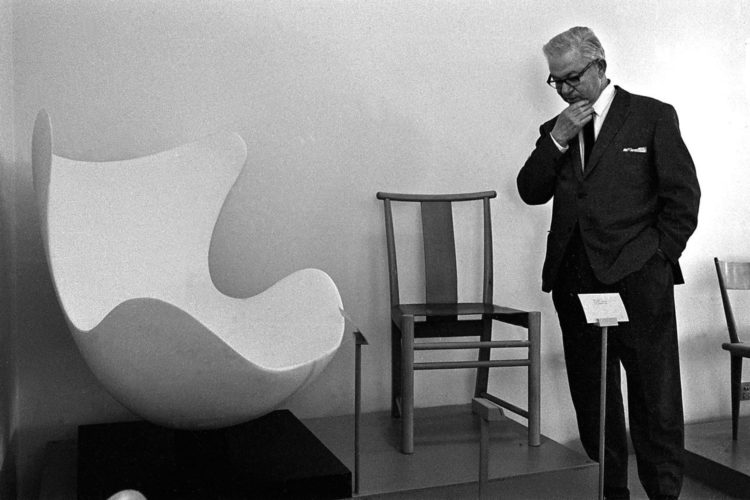 Arne Jacobsen, silla Huevo (egg chair), Jacobsen, silla huevo, huevo, egg chair